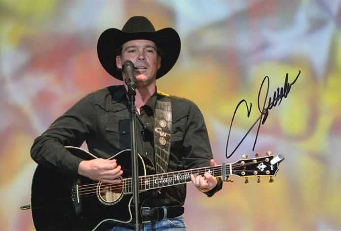 Clay Walker, American country music singer, signed 12x8 inch photo.